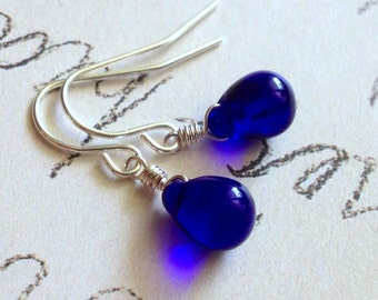 Dots - cobalt blue briolette drop earrings