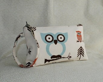 Square Wristlet  Zipper Pouch - Cute Owl