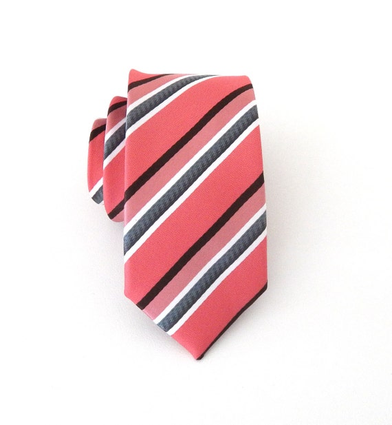 Blue Brown Check Silk Tie Set. Quick View. Connor Tie Set Kids Ties & Bow Ties · Free Same Day Shipping · Limited Edition Tie Sets · Silk Pocket SquaresStyles: Blue, Red, Black, Rose Gold, White, Fuschsia, Burgundy, Cream, Yellow, Blush.