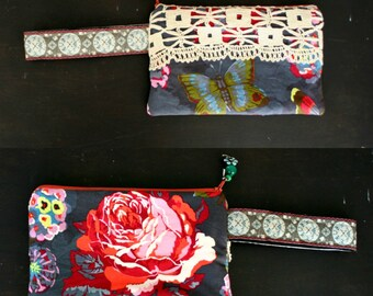 Small Wristlet Bag Purse with Handle Boho Style Roses Vintage Lace