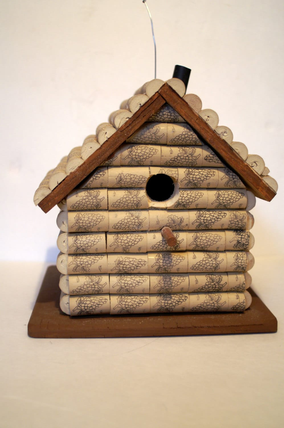 Cork birdhouse related keywords cork birdhouse long tail for How to build a birdhouse out of wine corks