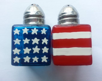 Hand painted mini salt and pepper shakers  party favors American Flag
