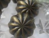 5 Fancy Metal Vintage Look Brass Buttons  5/8 Inch