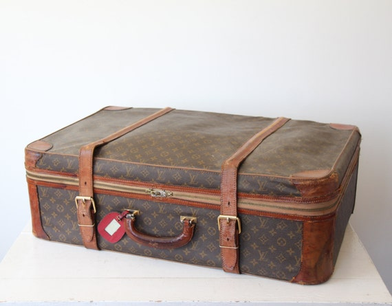 authentic Louis Vuitton vintage Stratos 80 cm 31