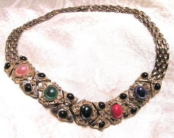 Vintage Multi Color Stone Etruscan Look Choker Necklace Pale Goldish Silver Metal (J54)