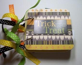 Halloween Mini Scrapbook, Halloween Mini Album, Halloween Photo Album, Halloween Brag Book, Premade Album, Trick or Treat Album