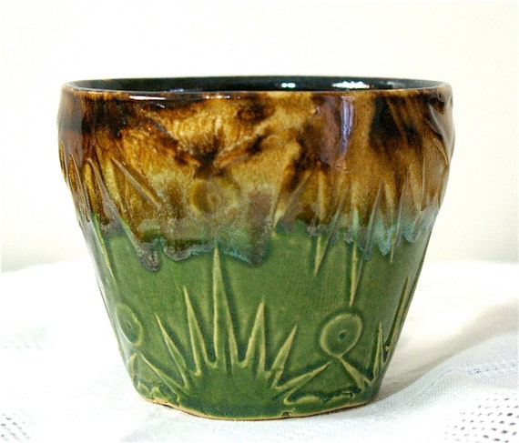 Vintage Usa Pottery Ceramic Planter Bowl With Raised Abstract