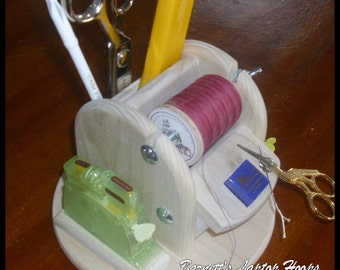 """Barnett's Thread Caddy & Clover Desk Needle Threader with a new 7"""" base holds your needles, thread and notions."""