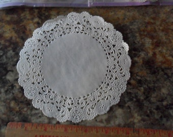 """Wilson Grease Proof 6"""" Paper Doilies - 19 total"""