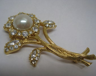 Flower Pearl Gold Brooch Clear Vintage Pin