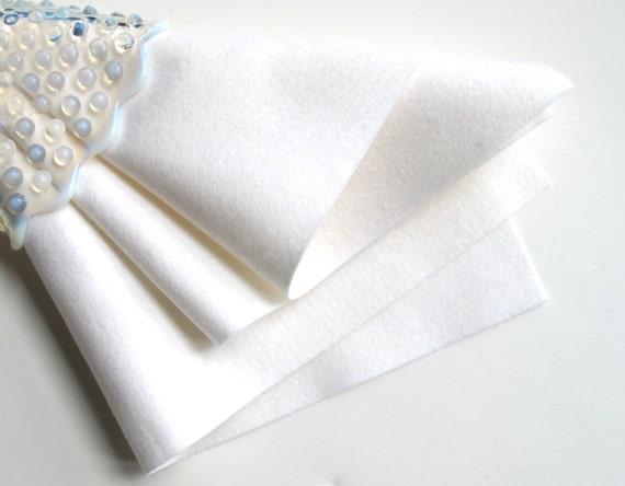 White Wool Felt, Choose Size, 1mm Thick Felt, Merino Wool Felt, Waldorf Handwork, Quilt Applique, DIY Felt Toys, Felted Wool