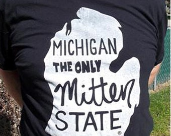 Michigan The Only Mitten State - Navy Blue - Tshirt - size - Xtra Large