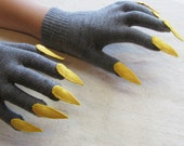 Gloves with claws, charcoal gray and yellow, for Halloween costume or pretend play, one size stretch glove