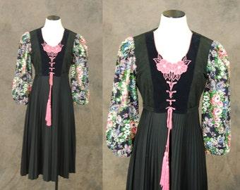 vintage 70s Peasant Dress - 1970s Boho Black Floral Corset Dress - Embroidered Gypsy Hippie Dress Sz M