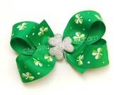 "Shamrock Hair Bow, 3.5"" Clover Boutique Bow, Emerald Green, Sports Team Spirit, Shamrock Clip, Irish Team Spirit Hair Clip"
