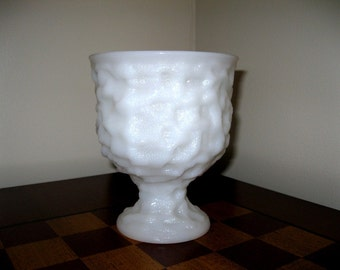 Vintage Brody Wrinkle Pattern Tall Milk Glass Vase / Wedding Centerpiece Vase