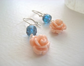 Romantic delicate silver earrings – glass and enamel rose