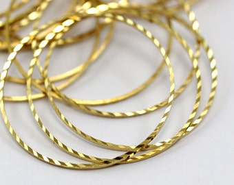 Textured Brass Ring, 25 Raw Brass Circles (35mm) Brs 2071 A0590