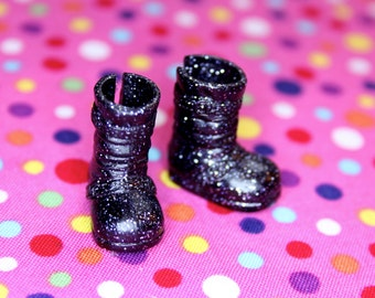 Middie Blythe Black with silver glitter buckle boots - doll shoes