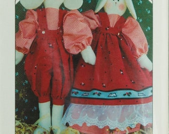 Vintage Finders Keepers 151 Craft Sewing Pattern, Lord PawPaw and Lady MayMaw Yuletide Folk Bunnies
