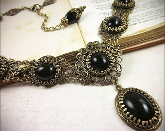 Black Stone Renaissance Jewelry, Gothic Victorian Necklace, Medieval Wedding, Tudor, SCA Garb, Anne Boleyn, Ren Faire, Lucia