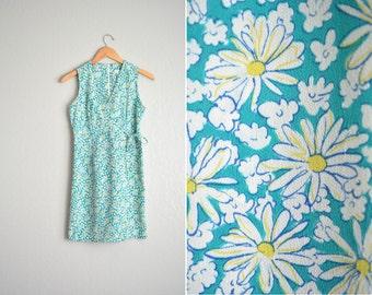 vintage '90s turquoise DAISY PRINT v-neck sleeveless ROMPER. size xs.