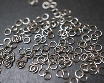 SALE - Stainless Steel Jump Rings 4mm x 0.6mm thick - 50 pcs
