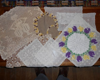 Vintage Crocheted Doilys Doilies--lot of 10