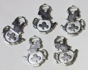 Teapot Mouse - Alice in Wonderland theme charms pendants Silver tone - 5 pieces