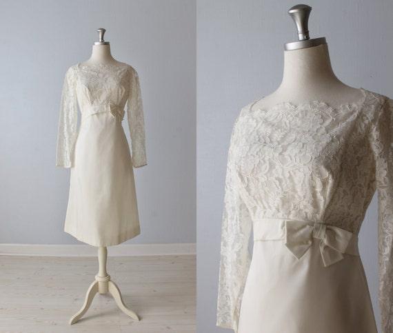Vintage 1960s Wedding Dresses: Vintage 1960s Wedding Dress / Lace Dress / Short Wedding Dress