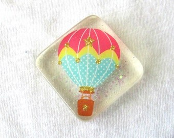 Hot Air Balloon Resin Magnet for Office or Fridge with Glitter