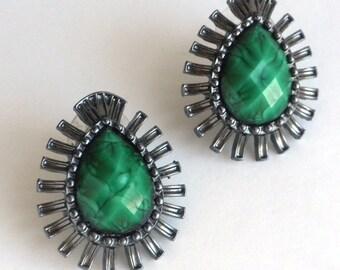 Emerald Green Teardrop Earrings - Faceted Green Cabochon in Antiqued Silver Tone Setting - Pierced Earrings