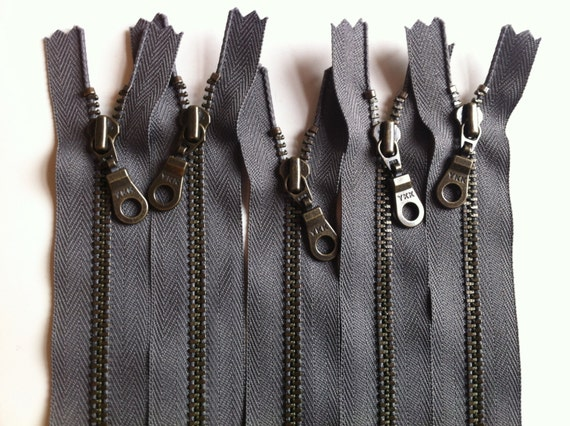 YKK Antique Brass Metal Donut Pull Zippers (5) Pieces - Gun Metal Gray 860- Available in 4,5,6,7,8,9,10,11,12,14,16 and 22 inches