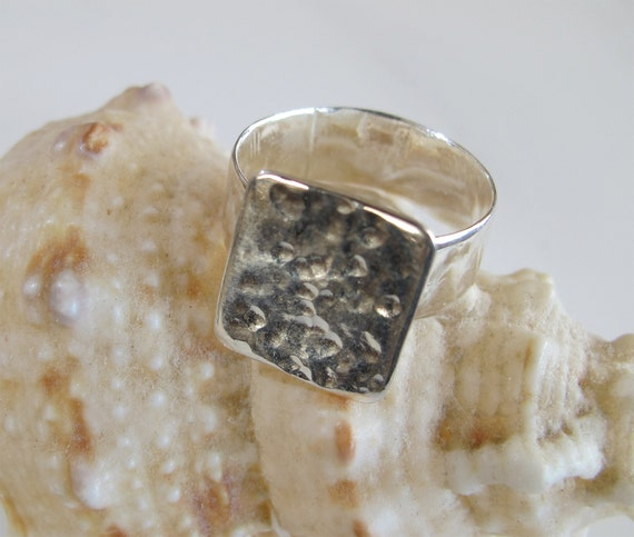 Hammered Silver Ring: Unisex Jewelry
