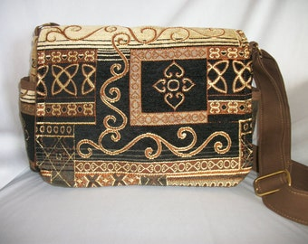 Purse with Flap Shoulder Bag Crossbody Medium-Sized Bag Black and Gold Tapestry Celtic Design Pockets Zipper Magnetic Snap