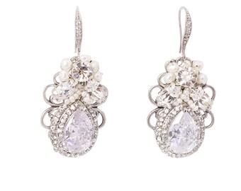 Chandelier Wedding Earrings Vintage Art Deco Bridal Earrings Pearl Crystal Bridal Wedding Jewelry Vintage Bridal Earrings