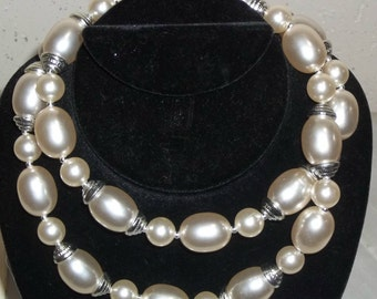 Vintage Faux Pearl Bold Beads Beaded Long Necklace