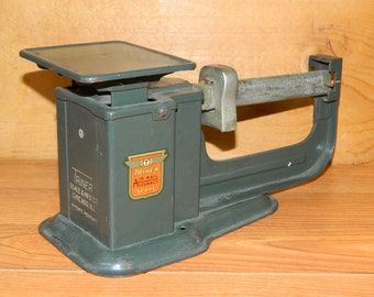Vintage Scale Postage Postal Triner Air Mail Accuracy 9 oz Postal Scale 1950, CrabbyCats, Crabby Cats