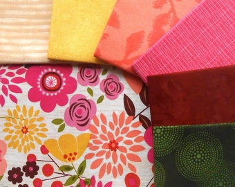 DESTASH - Fabric Snap Pack - Includes Total of 2 yrds, 1/2 Feature Fabric and 6 Coordinating Fat Quarters - Aria's Treasure