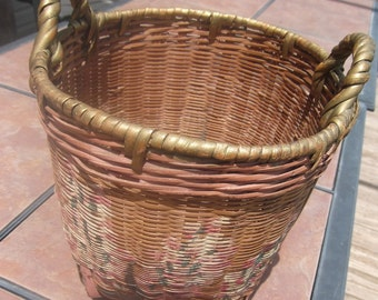 Chineese Small Reed Woven Gathering Basket