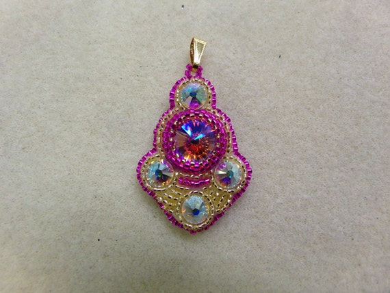 Bollywood bead embroidery pendant kit pink gold jewelry