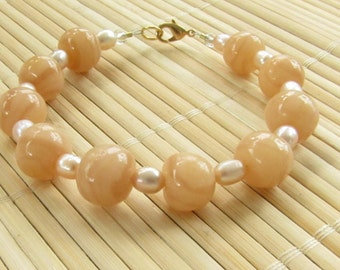 Polymer Clay Beaded Bracelet - Faux Himalayan Salt and Freshwater Pearls - Polymer Jewelry for Women