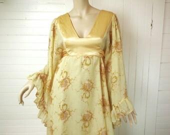 Golden Prairie Dress- 70's Boho Maxi by Gunne Sax- Angel Sleeves / Bell Sleeves & Empire Waist- Butter Yellow- 1970's