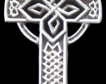 CR-15 Open Celtic Cross