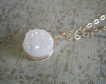 Druzy Necklace, Pendant Necklace, Druzy Jewelry, Gold Pendant Necklace, Wife Gift, Holiday Gift