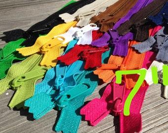 7 inch Handbag zippers, 17 pc sampler, black, brown, navy grey, vanilla, white, purple, pink, red, sunflower, orange, green, turquoise, aqua