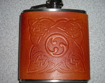 Flask with leather cover/Celtic design, wedding party, bridal party