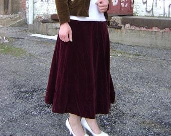 Deep burgundy velveteen skirt, victorian v shaped yoke, zipper back size small dark gothic skirt