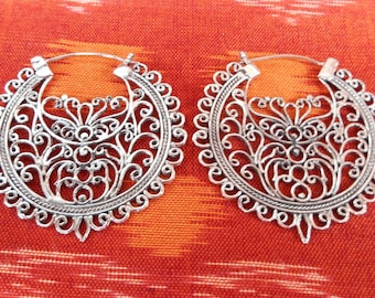 Outstandig Silver Hoop Earrings / 1.6 inch / sterling silver / Bali handmade jewelry