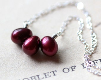 Red Pearl Necklace Silver Necklace Sterling Silver Modern Pearl Pendant Necklace June Birthstone Cranberry Romantic Valentine's Day